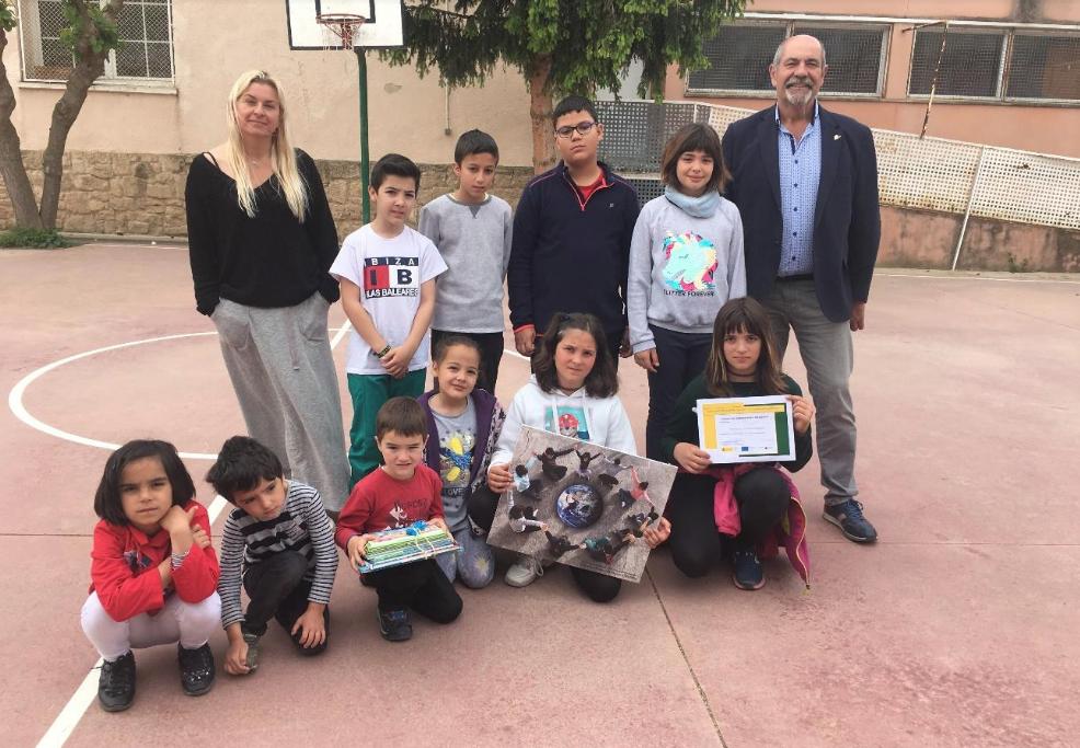 Entrega de premi del concurs de fotografia del projecte Sensibilització del fet migratori en escoles de zones rurals
