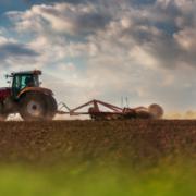 Fomentar la implantació de la gestió socialment responsable en empreses del sector agrari, potenciant la qüestió ètica i la responsabilitat social en la gestió de la diversitat.